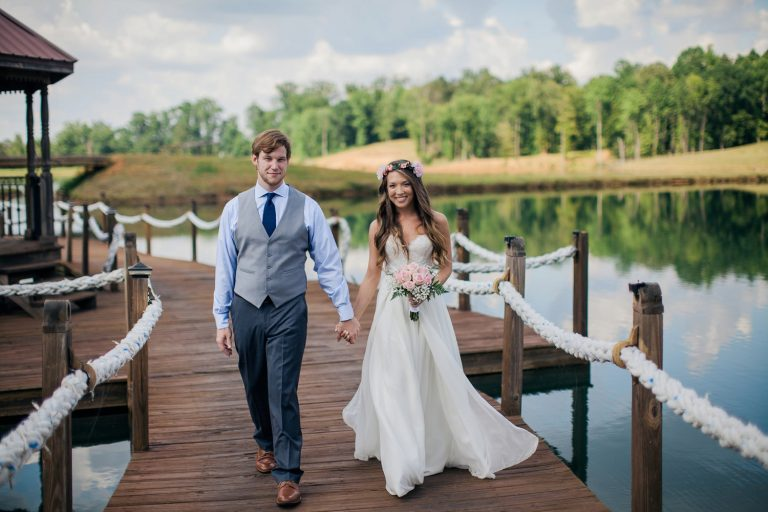 StarlingandSage_Mississippi_BackyardFloralWedding_LakeWedding_0028